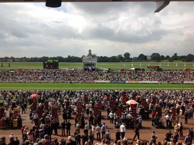 Racegoers at York. Photo:  Flickr/Paola Gospodnetich.