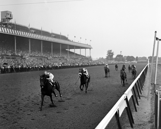 Sherluck wins the 1961 Belmont Stakes. Photo: AP Photo/Joe Caneva.