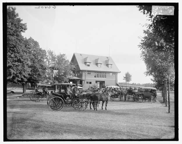 The 1892 clubhouse seen from the back yard. Privileged clubhouse patrons were dropped at the entrance by carriage. Photo via Library of Congress.