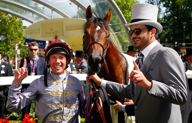 Frankie Dettori and Sheikh Joaan after winning the Coventry Stakes at Ascot with The Wow Signal. Photo: Dan Abraham/RacingFotos.com