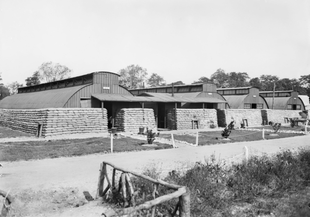 Nissen hut wards of No. 1 Australian General Hospital.  Image courtesy Imperial War Museum