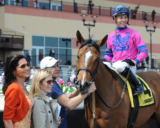 Sheila Rosenblum (left) and Linda Rice in the winner's circle with La Verdad and jockey Jose Ortiz after the 2015 G2 Distaff at Aqueduct. Photo: NYRA/Susie Raisher