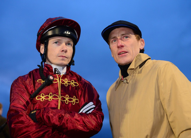 Trainer Johnny Murtagh talks with jockey Jamie Spencer at Dundalk Stadium. RacingFotos.com