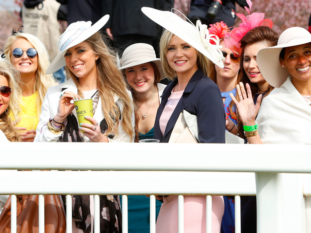 Ladies' Day at Aintree Racecourse. RacingFotos.com.