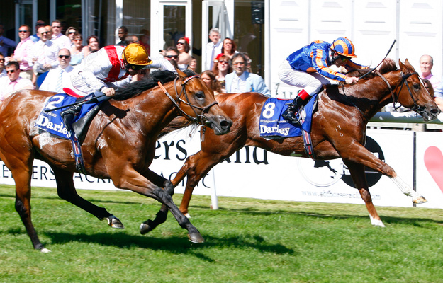 Starspangledbanner (inside) runs by Equiano to win the 2010 July Cup at Newmarket. RacingFotos.com.
