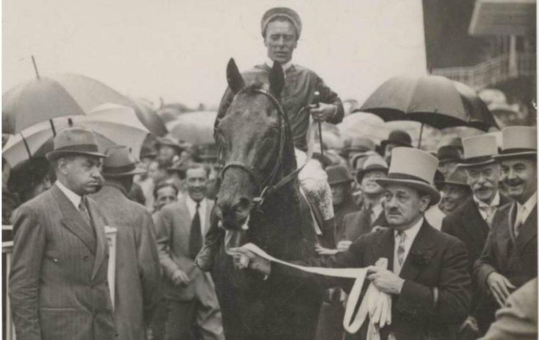 Was this the real 'horse of the 20th century'? | Topics: Marcel Boussac, Pharis, Prix du Jockey Club, Suave Dancer, Peintre Celebre, Darshaan, Rainbow Quest, Cash Asmussen, Montjeu, Sadler's Wells, Chantilly