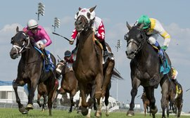 Channel Maker prevails in a Breeders' Stakes thriller