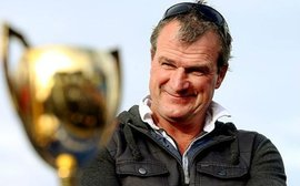 Leading Aussie trainer Darren Weir arrested in stable raid