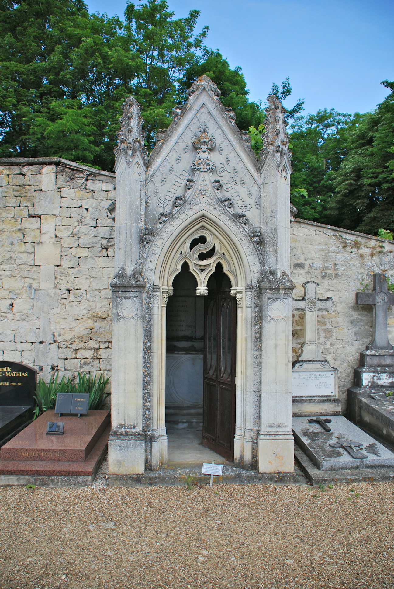 In desperate need of repair: the dilapidated door on the Thomas Hurst family tomb, which includes the graves of Thomas Hurst (1800 -1864), his son Thomas Hurst (1832-1893) and other relations. Photo: John Gilmore
