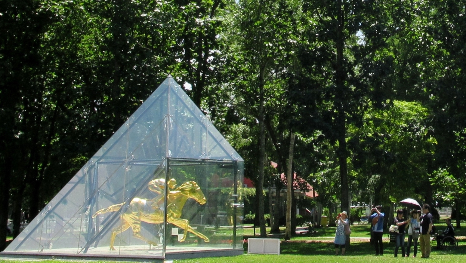 Immortalised: a gold statue of 2000 Kentucky Derby winner Fusaichi Pegasus encased in a glass pyramid is one of the main attractions at Northern Horse Park. Photo: Amanda Duckworth