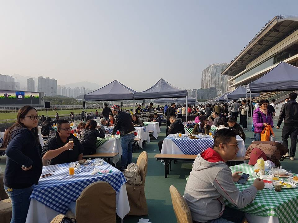 As the name implies, the Trackside Breakfast with the Stars featured a generous buffet alongside the racetrack for the fans. Photo: Kristen Manning
