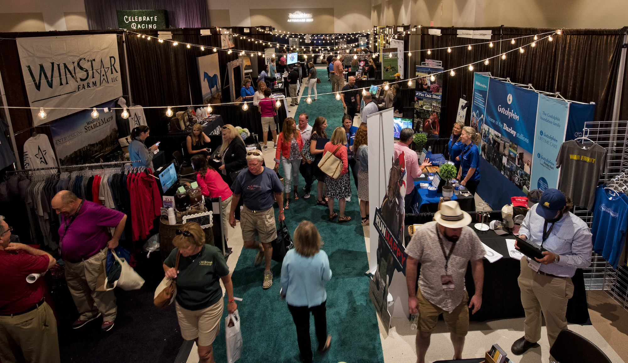 The bustle of Equestricon 2017: this year's event in Louisville will occupy twice the space. Photo: Eclipse Sportswire/Equestricon