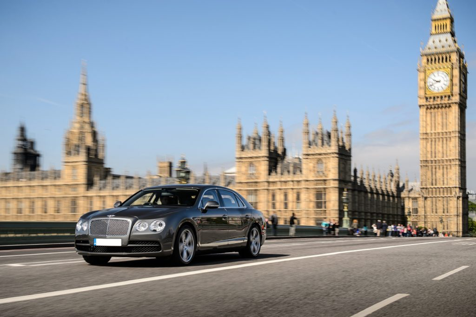 Stylish chauffeur-driven cars are an enjoyable way to travel to and from the racecourse from central London. Photo: Season Car & Chauffeur Hire