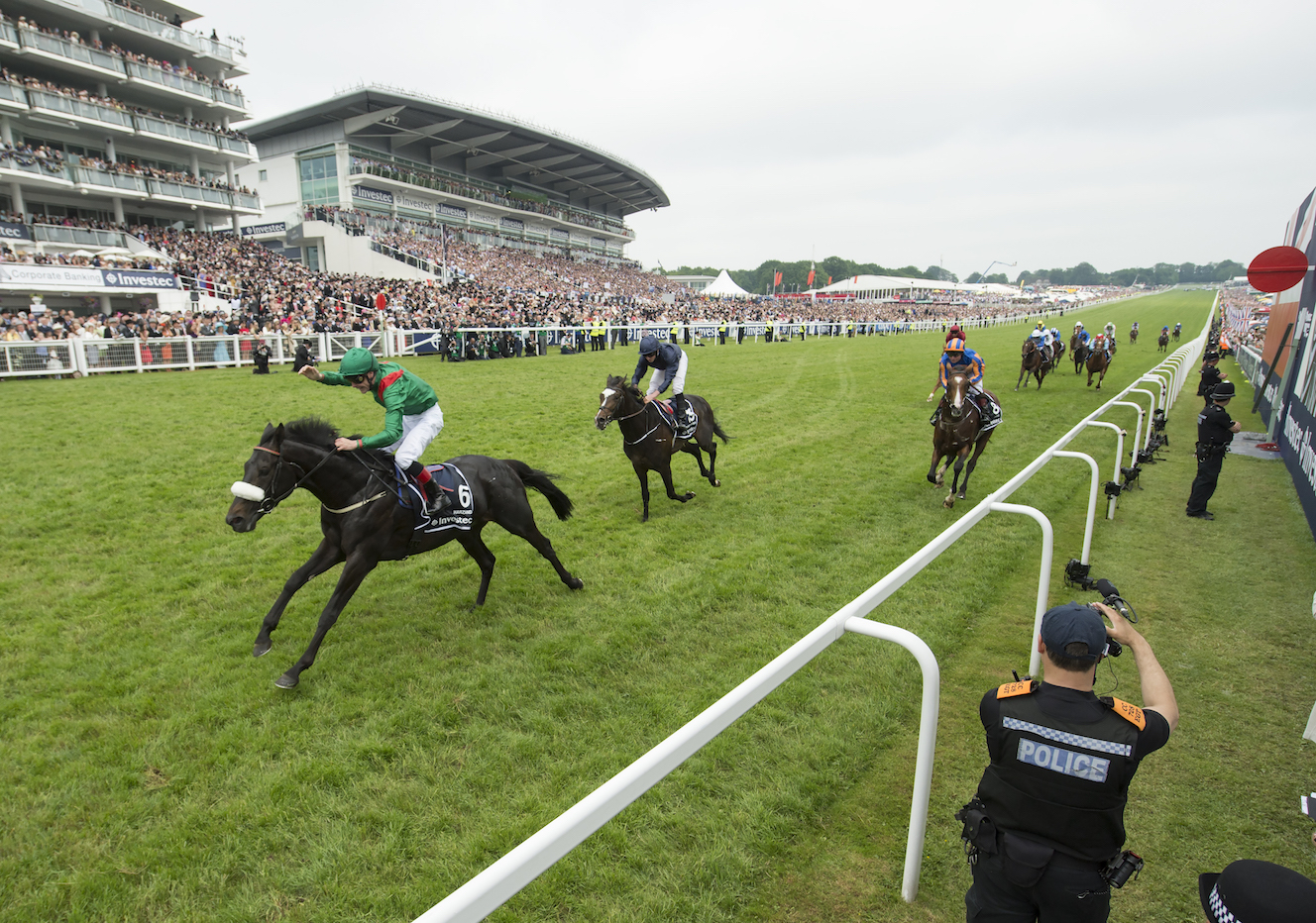 Harzand, a son of Hazariya by Sea The Stars, winning the Epsom Derby in 2016