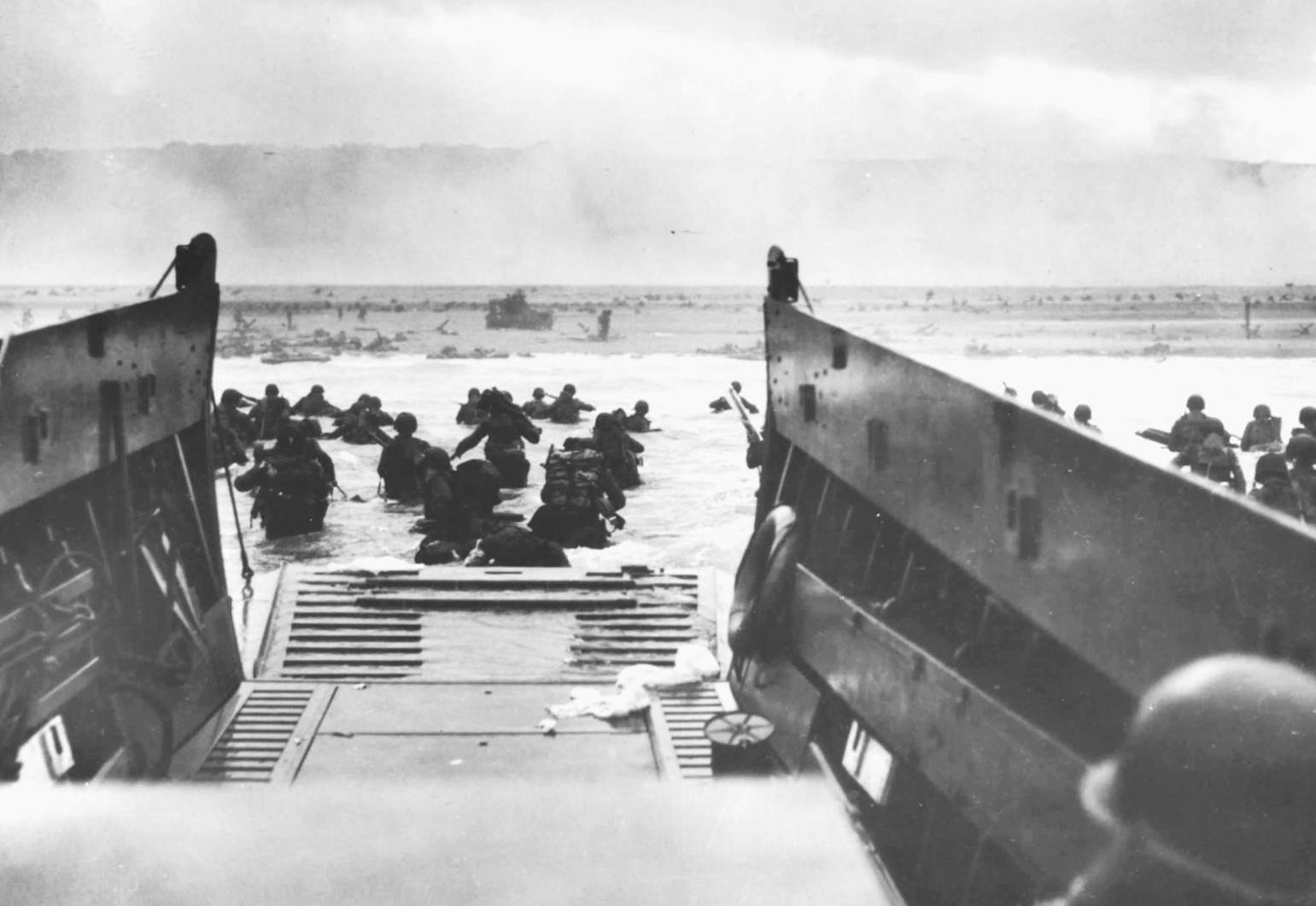 American troops arriving at Omaha Beach on June 6, 1944. Photo courtesy of Musée Memorial D'Omaha Beach, Saint Laurent-sur-Mer